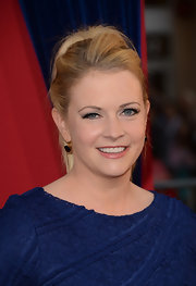 Melissa Joan Hart opted for a high, teased ponytail for her feminine and fun red carpet look.