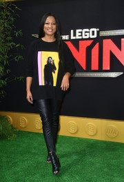 Garcelle Beavais was casual-chic in a graphic sweater at the premiere of 'The Lego Ninjago Movie.'