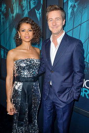 Gugu Mbatha-Raw wore a classic pearl ring to the premiere of 'Motherless Brooklyn.'
