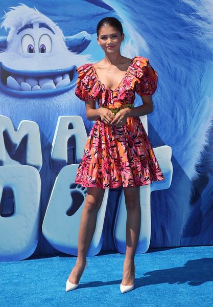 Zendaya Coleman looked ultra girly at the premiere of 'Smallfoot' in a Michael Kors floral mini dress with a ruffle neckline and puffed sleeves.