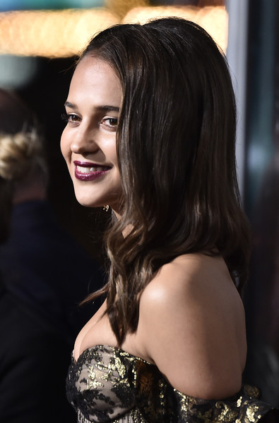 More Pics of Alicia Vikander Half Up Half Down (1 of 21) - Alicia Vikander Lookbook - StyleBistro [tomb raider,hair,face,lady,facial expression,beauty,skin,smile,hairstyle,lip,head,arrivals,alicia vikander,california,hollywood,tcl chinese theatre,warner bros. pictures,premiere]