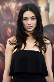 Crystal Reed was trendy and chic with her bouncy layered cut at the premiere of 'Wonder Woman.'