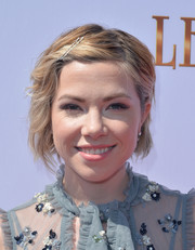 Carly Rae Jepsen sported a shorted, mildly messy 'do at the premiere of 'Leap!'