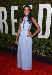 Naomie Harris looked oh-so-seductive at the 'Mandela: Long Walk to Freedom' premiere in a pastel-blue Vionnet gown with a keyhole neckline and sexy side cutouts.