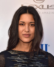 Julia Jones sported subtle, feathery waves at the premiere of 'Wind River.'