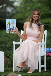 Melania Trump paired pointy pink flats with a matching maxi dress for the White House Easter Egg Roll.