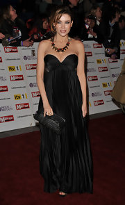 Dannii Minogue paired her elegant strapless dress with a Skyline Tube and Crystal necklace.