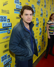 Emile Hirsch opted for a classic denim jacket for his casual red carpet look.