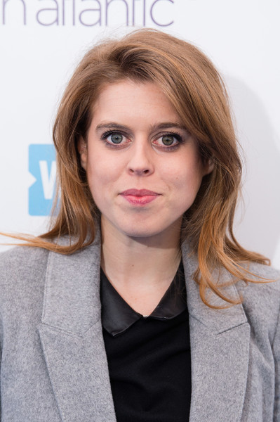 Princess Beatrice Medium Straight Cut