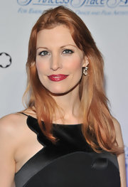 Rachel York wore a pop of shiny raspberry lipstick at the Princess Grace awards gala.
