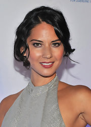 Olivia Munn's casual, curly updo perfectly complemented the sexy silver gown she wore to the Princess Grace Awards Gala.