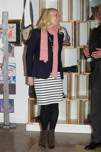 Princess Mette-Marit Pencil Skirt [mette-marit,clothing,fashion,knee,footwear,shoulder,outerwear,tights,blond,joint,riding boot,norway,scandic vulkan hotel,oslo,visits]