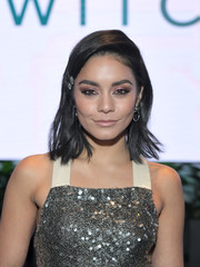 Vanessa Hudgens wore her hair down to her shoulders with a deep side part and flippy ends at the special screening of 'The Princess Switch.'