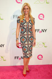 Jill Martin donned a colorful sheath dress with a lovely floral print for the FFANY Shoes on Sale event.