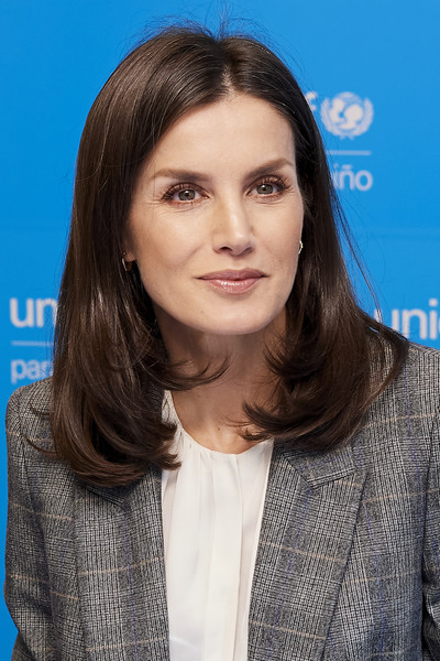 Queen Letizia of Spain looked stylish with her bouncy lob while attending a UNICEF meeting.