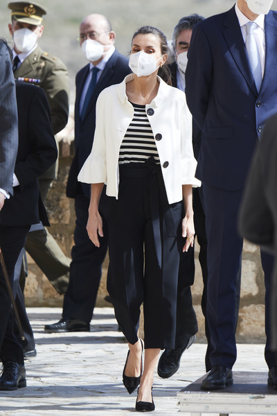 Queen Letizia of Spain Capri Pants [shoe,hairstyle,leg,vision care,human,fashion,sleeve,street fashion,hat,eyewear,letizia,goya,fuendetodos,spain,birthday,occasion,spanish royals attend a commemorative event,anniversary,anniversary,occasion,fashion show,blazer,haute couture,jeans,sunglasses,fashion,shoe,outerwear / m,fashion model,gentleman]