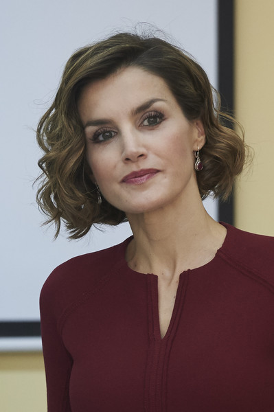 Queen Letizia of Spain Curled Out Bob [letizia,javier garcia tellez,training opening course,spain attends vocational training opening course,hair,face,hairstyle,beauty,lip,eyebrow,chin,lady,fashion,brown hair,spain,caceres,secondary school]