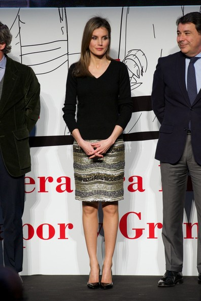 Queen Letizia of Spain V-neck Sweater