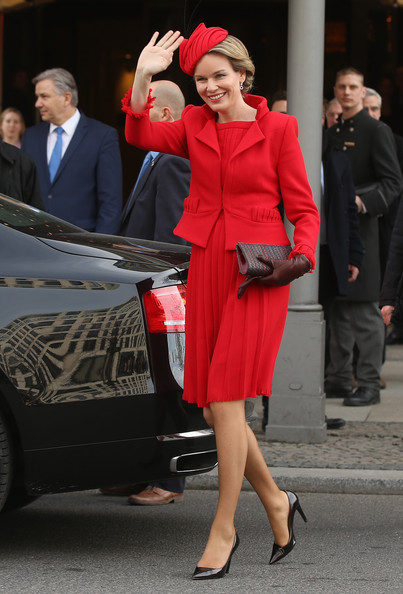 Queen Mathilde of Belgium Skirt Suit [clothing,red,fashion,lady,street fashion,dress,suit,leg,coat,footwear,mathilde of belgium,philippe,onlookers,queen,waves,berlin,adlon hotel,germany,visit,conference]