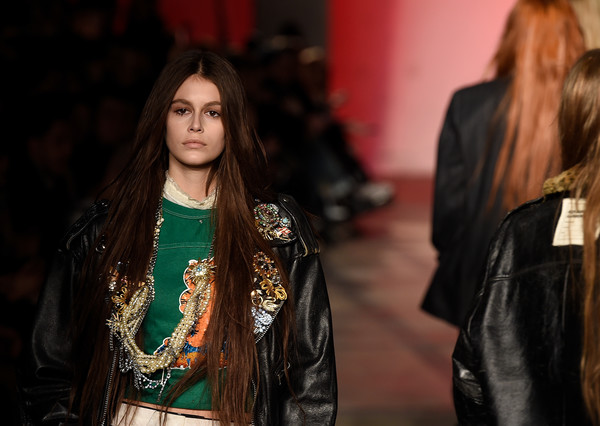 More Pics of Kaia Gerber Long Straight Cut (1 of 5) - Kaia Gerber Lookbook - StyleBistro [kaia gerber,hair,fashion,leather,fashion model,beauty,hairstyle,street fashion,leather jacket,long hair,textile,new york fashion week,fashion show,runway,new york city]