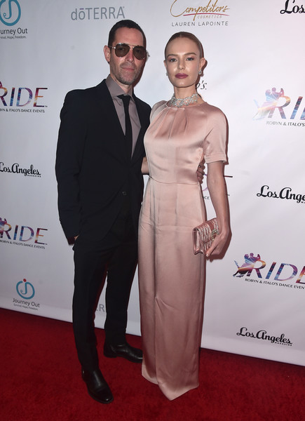 More Pics of Kate Bosworth Evening Dress (2 of 14) - Kate Bosworth Lookbook - StyleBistro [red carpet,carpet,dress,fashion,suit,event,premiere,award,formal wear,flooring,michael polish,kate bosworth,the broad stage,santa monica,california,ride foundation,2nd annual dance for freedom - arrivals,2nd annual dance for freedon]