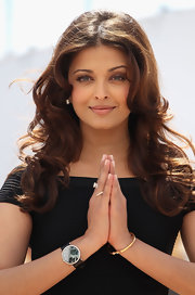 "The beautiful Aishwarya Rai showed off her long cascading curls while attending the ""Raavan"" photocall in Cannes."