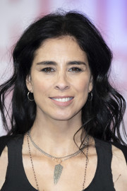 Sarah Silverman rocked messy-chic waves at the European premiere of 'Ralph Breaks the Internet.'