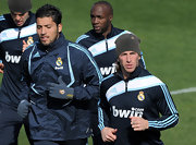 Sergio Ramos keeps warm in an Adidas wool cap.