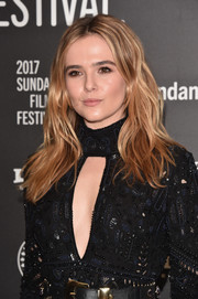 Zoey Deutch looked gorgeous with her boho waves at the Sundance premiere of 'Rebel in the Rye.'