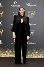 Liv Tyler chose a dual-textured black gown with a keyhole cutout for her 2018 Bambi Awards look.