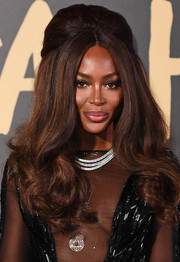 Naomi Campbell worked a retro-glam half updo at the 2019 Fashion for Relief London.