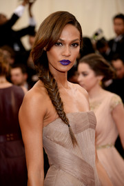 Joan Smalls turned heads with her unusual lip color choice.