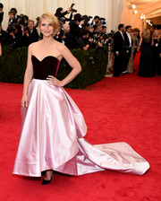 Claire Danes oozed sweetness at the Met Gala in a two-tone velvet and satin strapless gown by Oscar de la Renta.