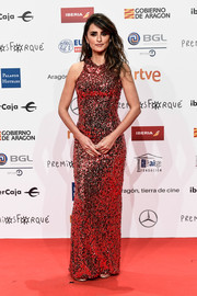 Penelope Cruz shimmered so elegantly in a rose-colored sequin gown by Galvan at the 2019 Forque Awards.