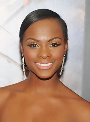 Tika Sumpter oozed elegance at the 'Red Tails' premiere with this side-parted chignon.