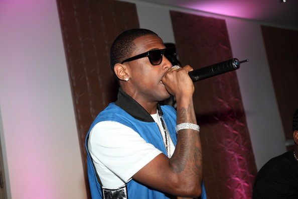 Fabolous sports a sleeve tattoo on his right forearm.