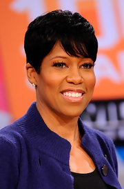 Actress Regina King is now sporting a cropped haircut, which fit her face perfectly. Her short wispy bangs form the perfect frame for her face.