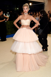 Hailey Baldwin completed her look with a Barbie-approved tiered tulle skirt.