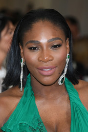 Serena Williams sported a shoulder-length, straight 'do with the sides tucked behind her ears when she attended the 2017 Met Gala.