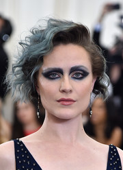 Evan Rachel Wood rocked mussed-up waves at the 2017 Met Gala.