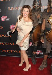 Nia Vardalos opted for cream platform pumps at the 'Immortals' premiere in LA.