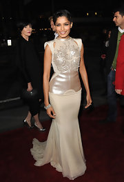 Freida Pinto wore a 76-carat, asscher-cut diamond cuff set in white gold at the world premiere of 'Immortals.'