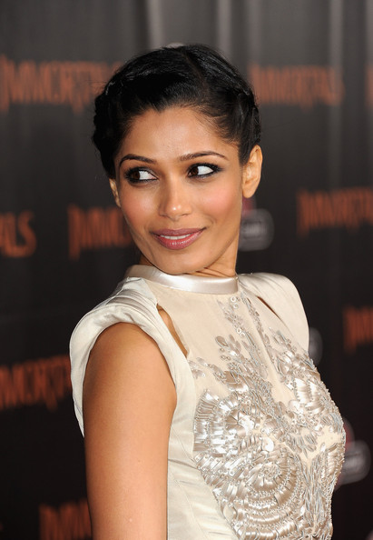 More Pics of Freida Pinto Diamond Bracelet (1 of 21) - Freida Pinto Lookbook - StyleBistro