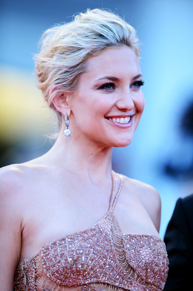 More Pics of Kate Hudson Diamond Hoops (3 of 64) - Hoop Earrings Lookbook - StyleBistro [the reluctant fundamentalist,hair,face,hairstyle,skin,blond,eyebrow,beauty,shoulder,chin,lip,kate hudson,palazzo del cinema,venice,italy,premiere and opening ceremony,69th venice film festival]