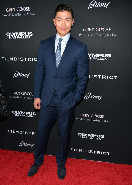 Rick Yune Men's Suit