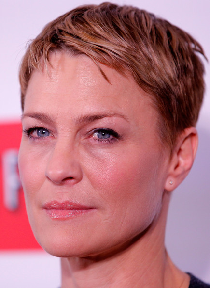 Robin Wright Pixie [house of cards,face,hair,eyebrow,forehead,chin,hairstyle,cheek,nose,head,skin,arrivals,robin wright,new york,alice tully hall,netflix,new york premiere]