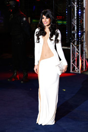 Jasmin Walia looked dangerously sexy in a skin-revealing white dress during the 'Robocop' premiere in London.