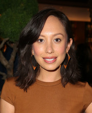 Cheryl Burke kept it casual with this subtly wavy 'do at the grand opening of Roku.