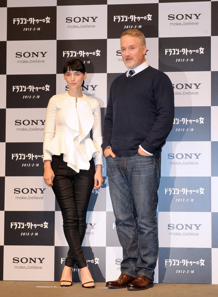 Rooney Mara Skinny Pants [the girl with the dragon tattoo press conference,film,footwear,fashion,jeans,carpet,outerwear,fashion design,event,shoe,muscle,dress shirt,rooney mara,david fincher,l-r,tokyo midtown,japan,press conference]