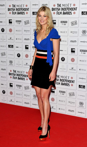 Rosamund Pike Platform Pumps